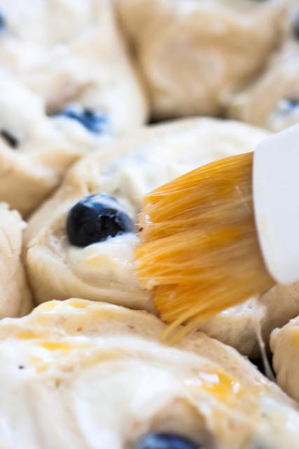 Zitronen Blaubeer Vanilleschnecken