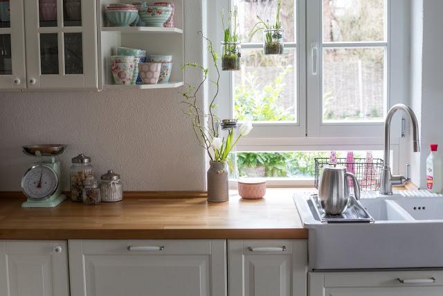 Frühjahrsputz, Küche