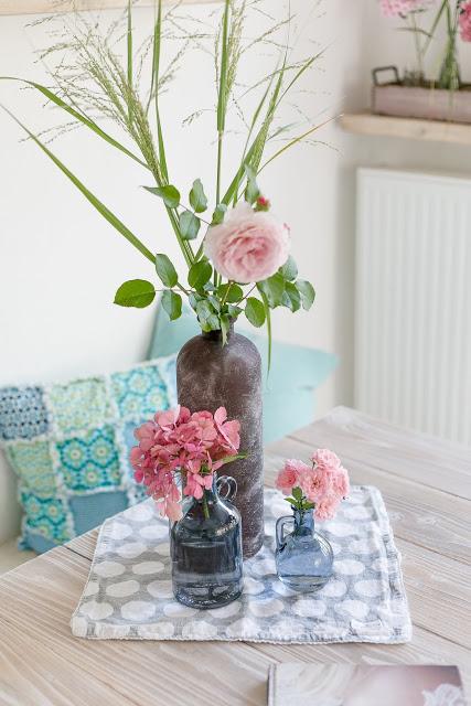 Friday Flowerday, Dekorieren mit Blumen