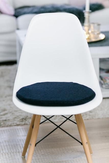 Cushion for Eames, Sitzkissen für Eames, Etsy, Pomponetti