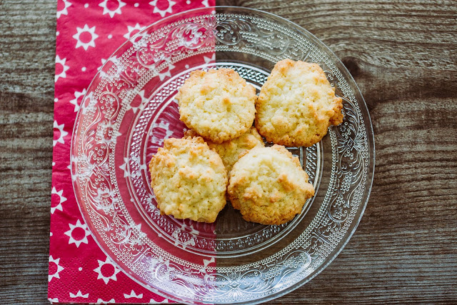 Weihnachtsbäckerei, Kokosbusserln, Pomponetti