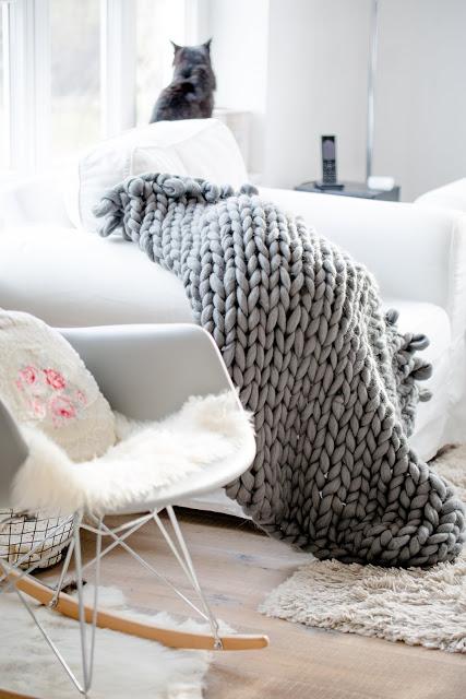 Super Chunky Blanket, XXL Decke, Pomponetti