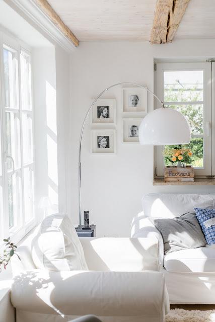 Von Blumensträußen und Regaldeko,schwedischer Einrichtungsstil, Interior, Pomponetti