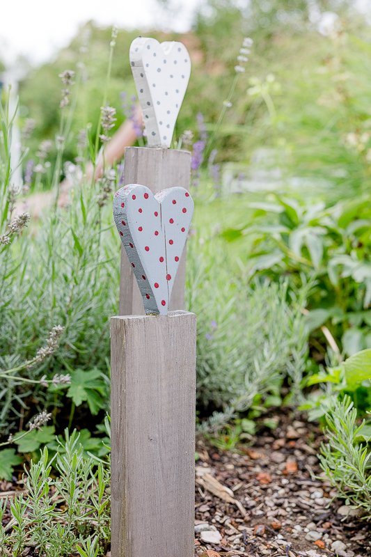 Gartenimpressionen im August, Pomponetti, Holzstecker, Gartendeko selbstgemacht