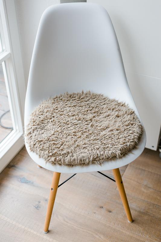 Hervorragend Sitzkissen Für Eameschair, Etsyshop, Pomponetti Interior, Kuschelfell