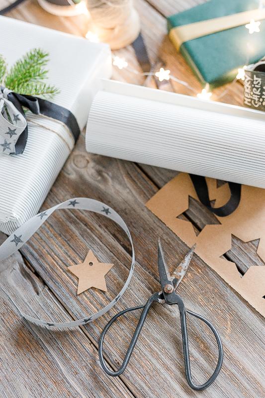 Geschenkanhänger aus SnapPap, *veganes Leder*, DIY, Pomponetti