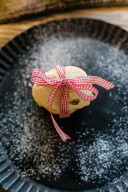 Die besten Weihnachtsplätzchen- Rezepte,Rosinenbrötchenmit Eierlikör, Weihnachtsbäckerei, Pomponetti