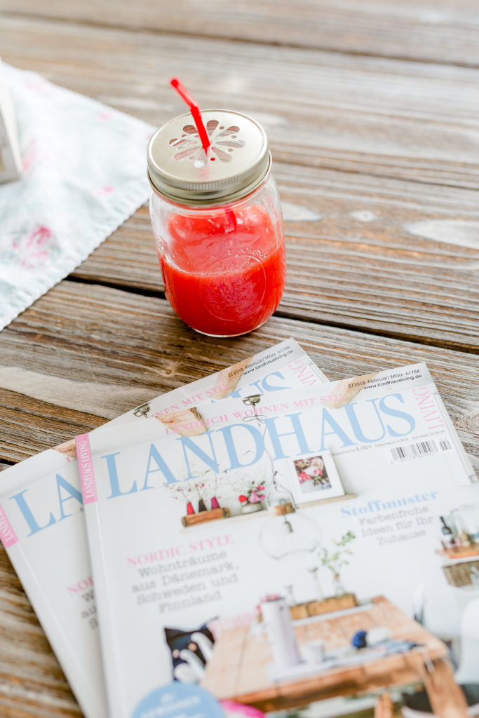Blogumzug, Cover der Landhaus Living, Friday Flowerday, Pomponetti