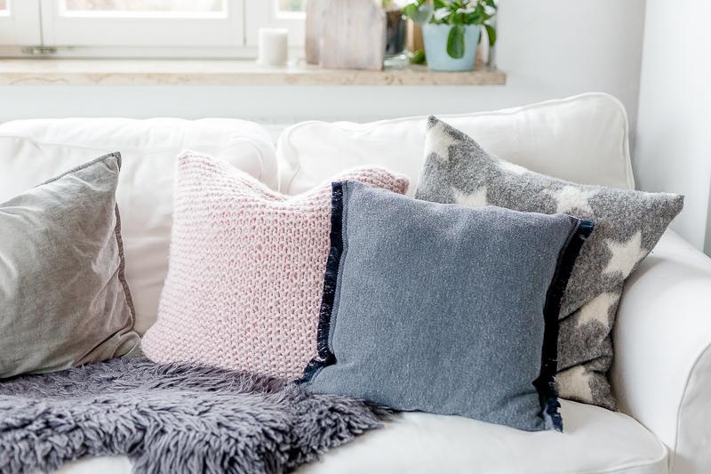 couch sitzkissen fabulous kissen klein aber fein with. Black Bedroom Furniture Sets. Home Design Ideas