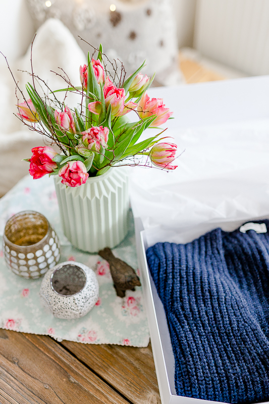 Gefüllte Tulpen, Pomponetti, Friday Flowerday, Grobstrickpullover Closed