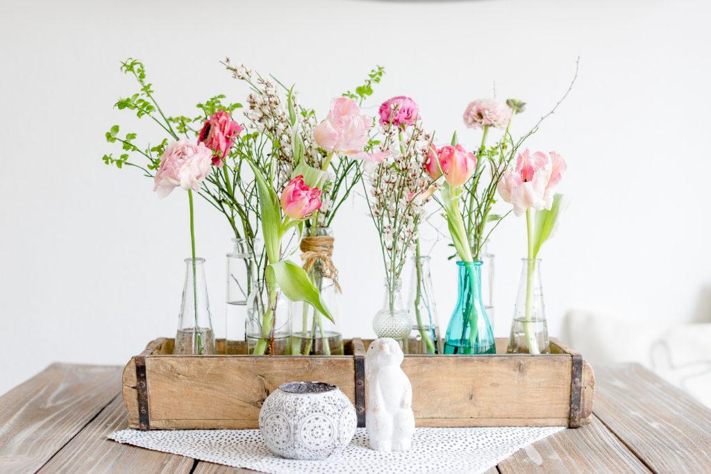 Fruhlingshafte Blumen Fur Den Geburtstagstisch Pomponetti