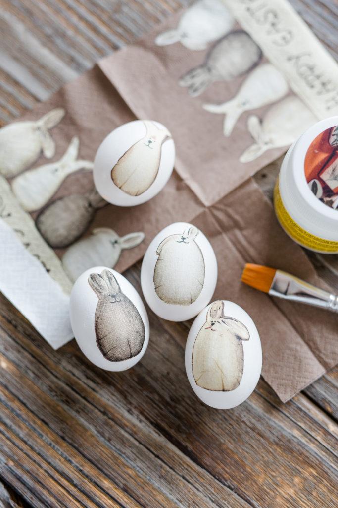 Ostereier Gestalten diy coole ostereier gestalten mit serviettentechnik pomponetti