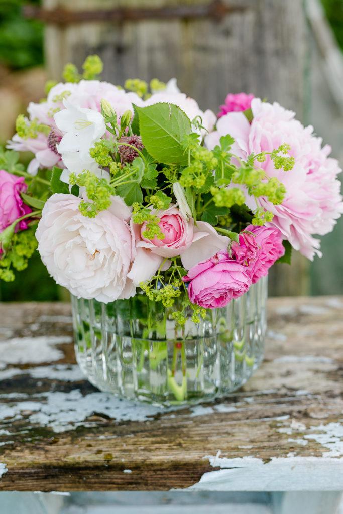 Zum Wochenende Blumen aus dem Garten, Pomponetti