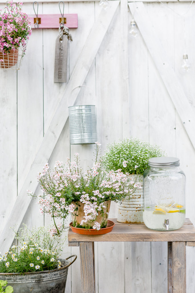 Blumentisch für die Gartenterrasse selbstgebaut, Pomponetti