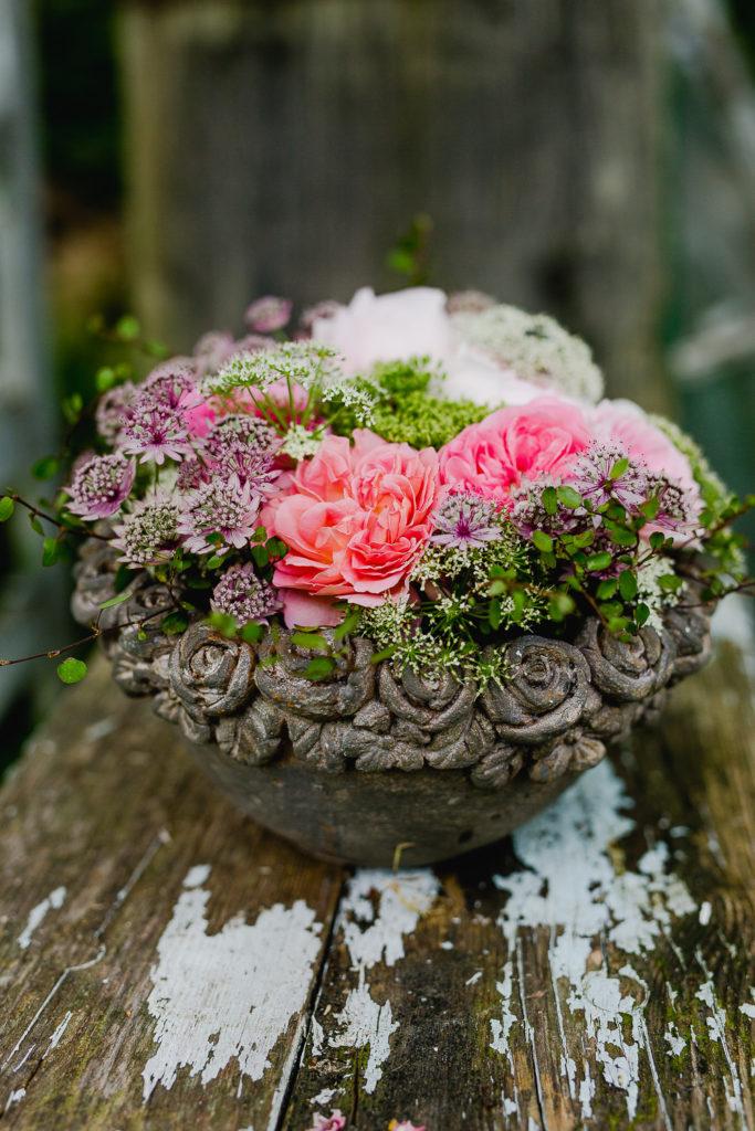 Sommerliches Rosengesteck selbstgemacht, Pomponetti