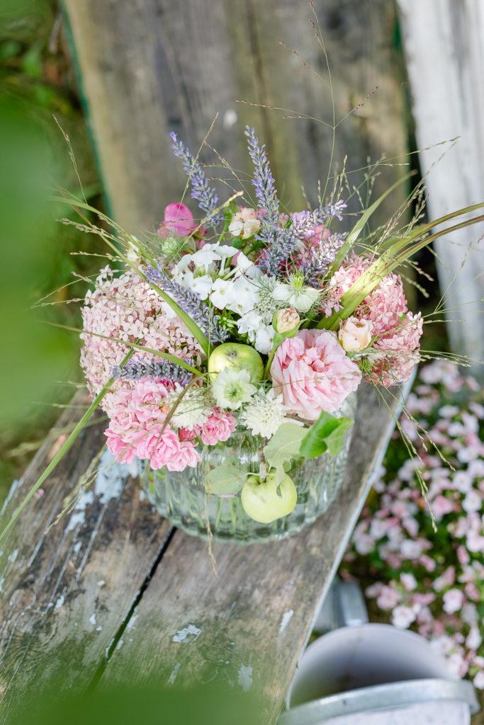 Geburtstagsblumen oder leckerste Beerentarte, Pomponetti