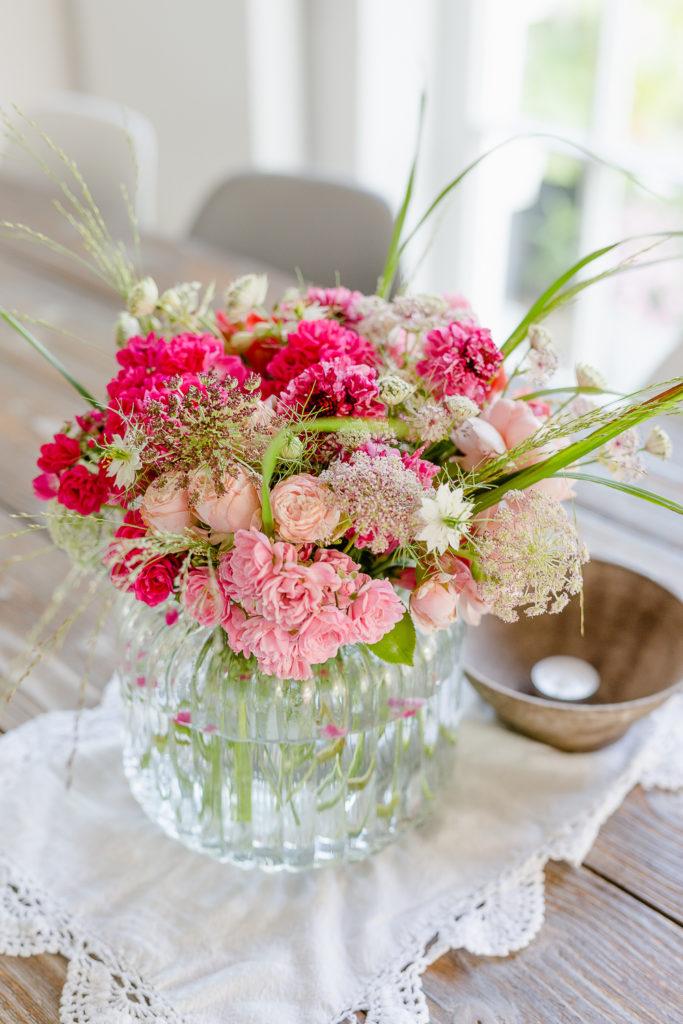 Sommerstrauß in Pink und mein Sommergarten, Pomponetti