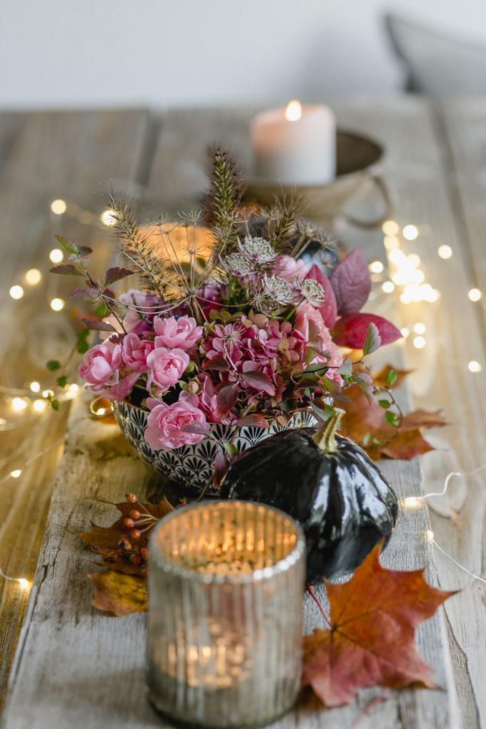 Tischdekoration im Halloweenstyle light, Pomponetti