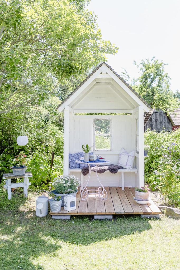 Gartenimpressionen mit Philosophenhäuschen, Pomponetti