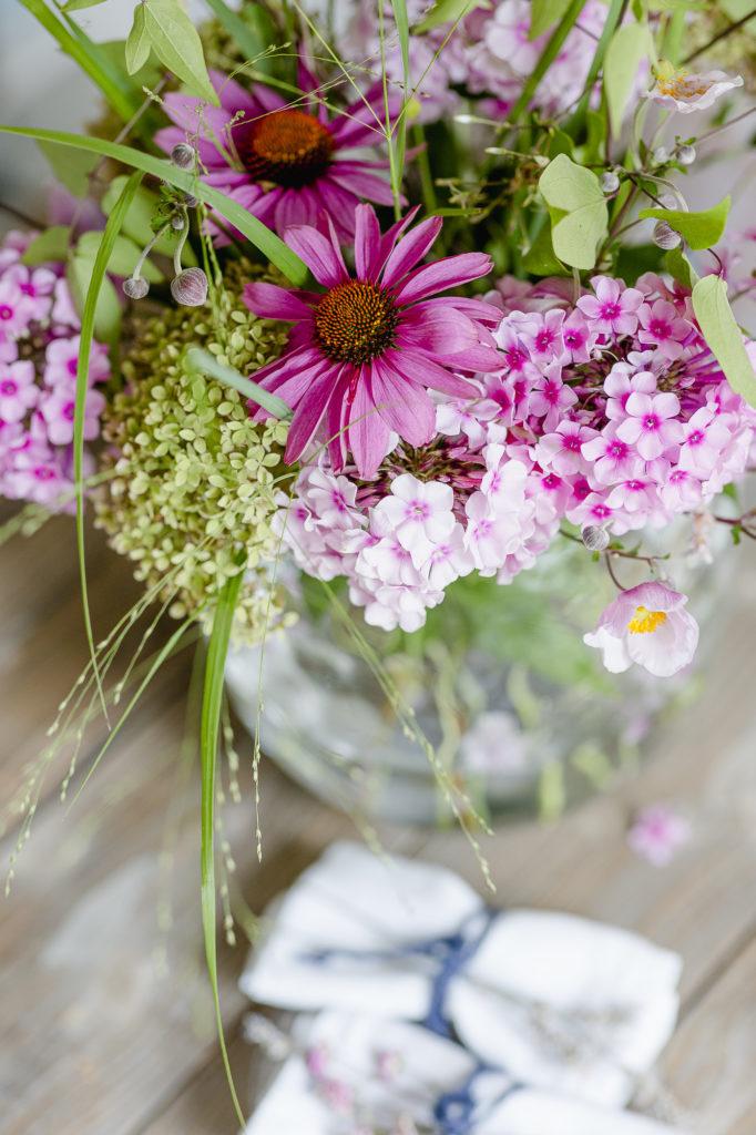 Sonnenhut oder die volle Gartenpower in der Vase