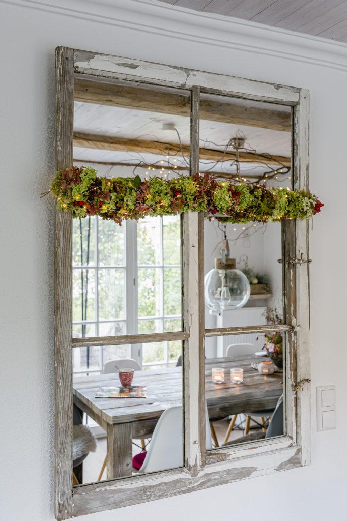 Spiegel- Dekofenster, Pomponetti