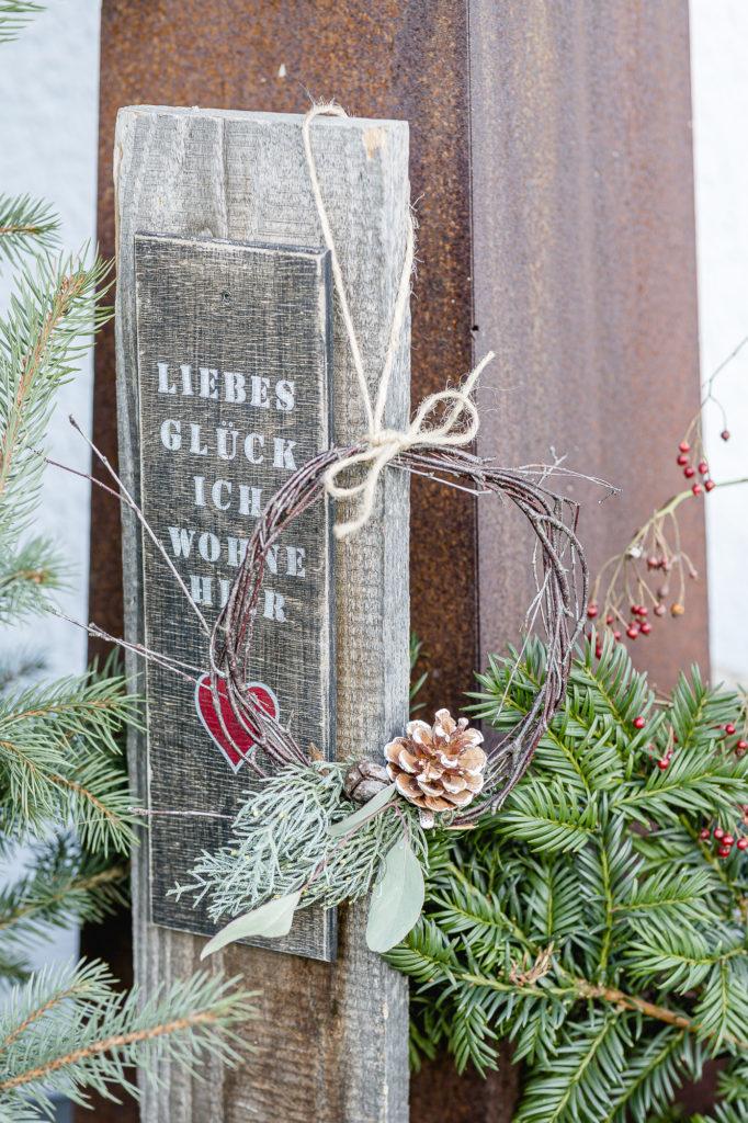 Weihnachtlicher Minikranz, Pomponetti