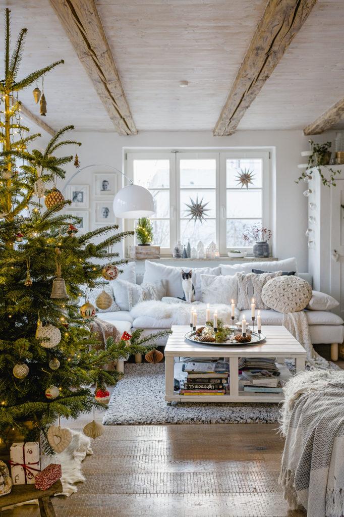 Weihnachtsbaum und Christmasvibes, Pomponetti