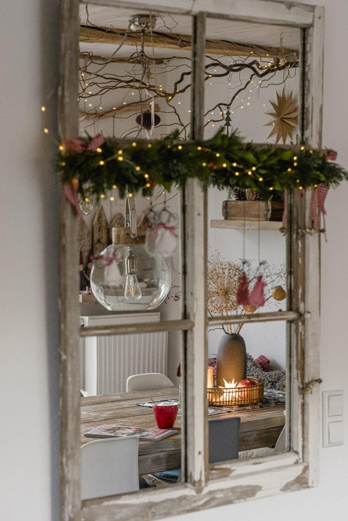 Weihnachtliches Spiegelfenster, Pomponetti