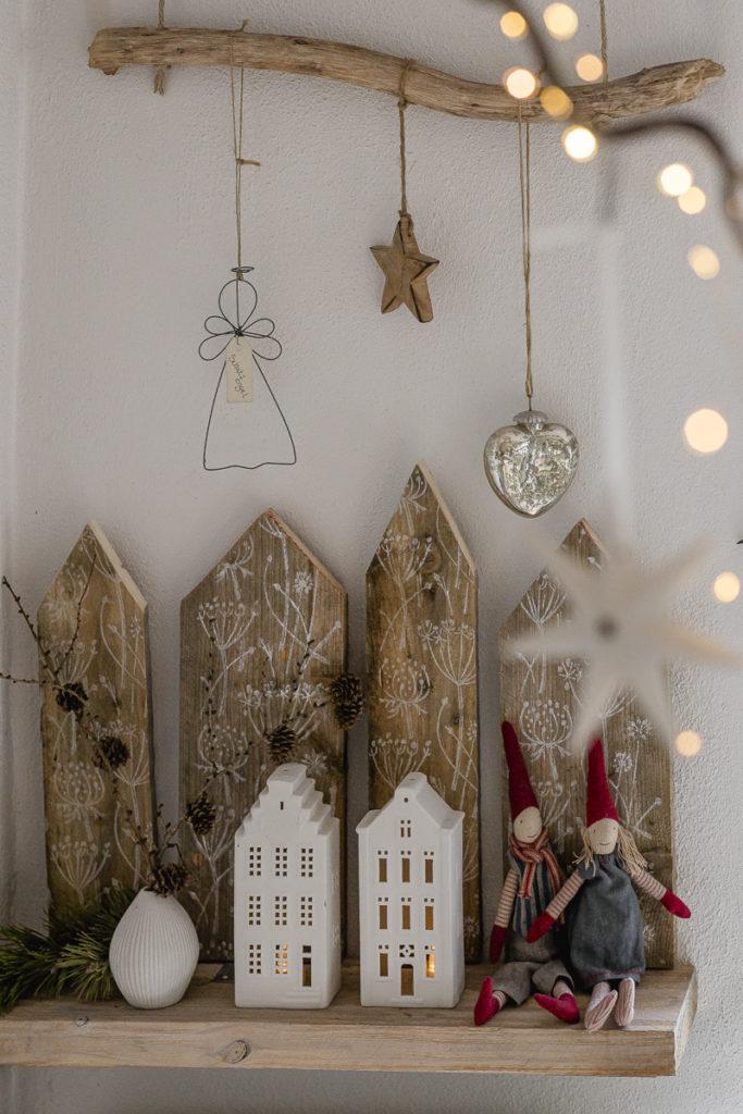 Weihnachtliche Dekoration im Pomponettihaus, Pomponetti