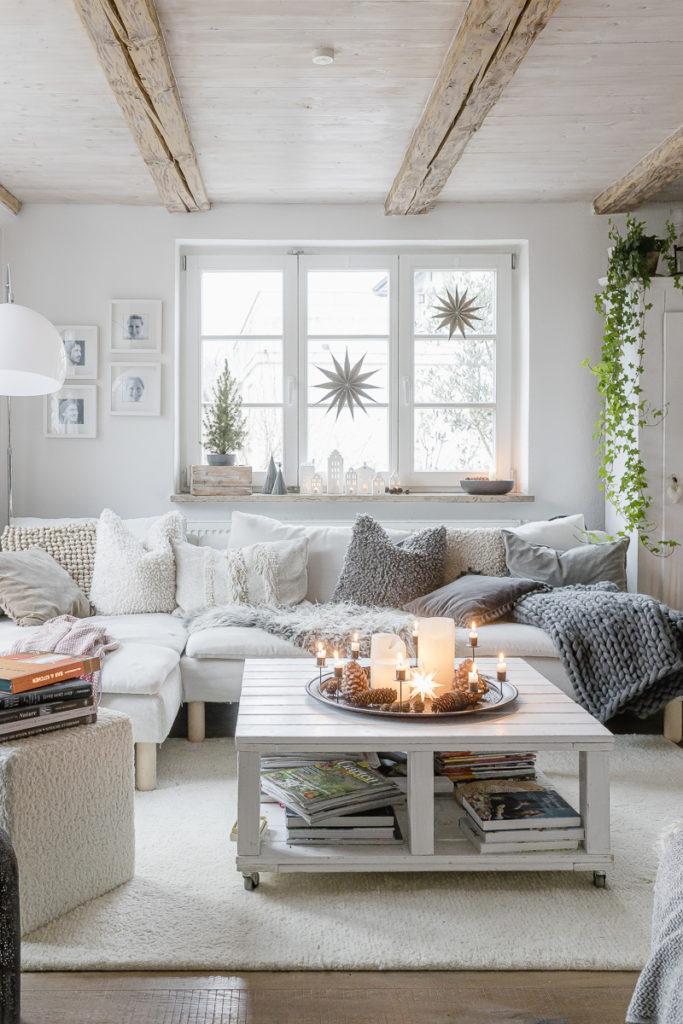 Winter decoration, Pomponetti