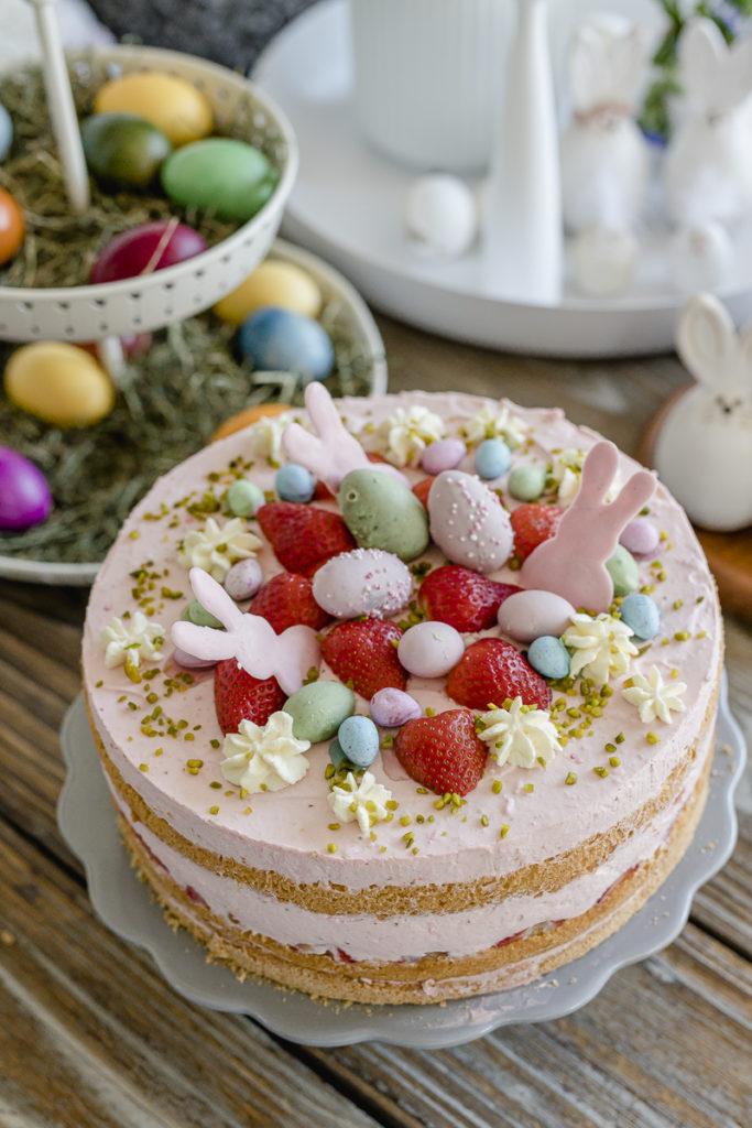 Ostertorte mit Erdbeeren, Pomponetti