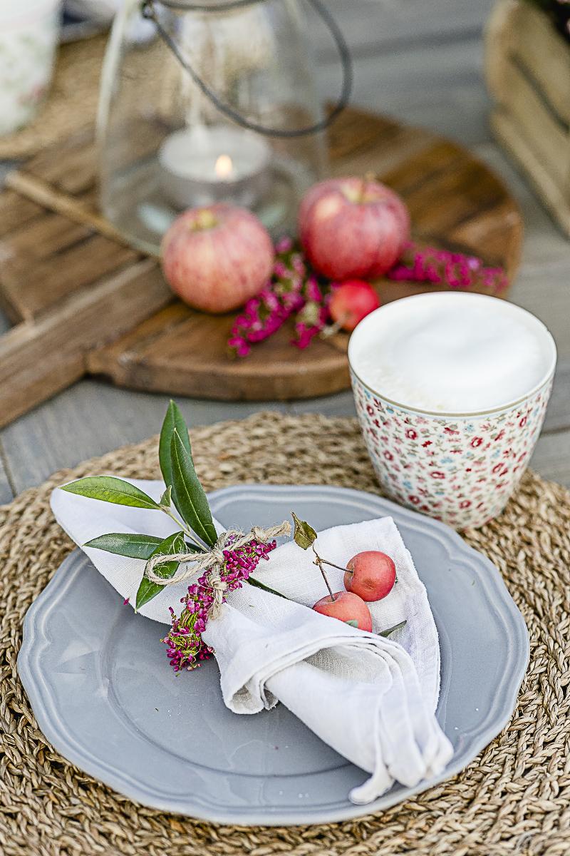 Serviettenringe aus Erika für den Herbsttisch, Pomponetti